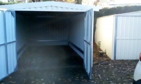 garage 2.97x5.78 double porte +porte de service